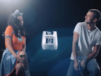 עידן חביב ועדי חבשוש בפרסומת משותפת לתמי4